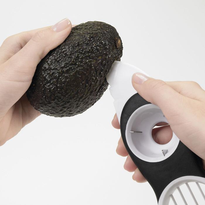 OXO Avocado slicer 3-i-1